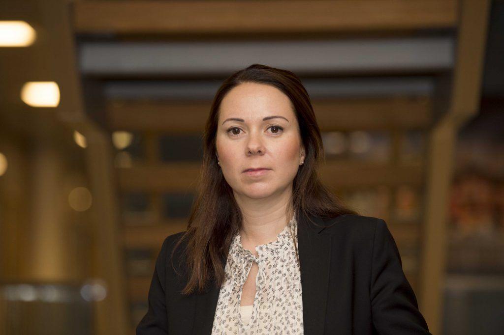 Portrettbilde av Hanne Dahl Amundsen, avdelingsdirektør i Konkurransetilsynet.